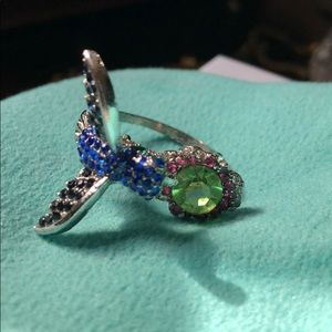 Humming bird fashion ring